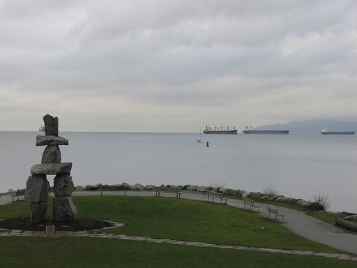 Ilanaaq Statue by the English Bay.jpg