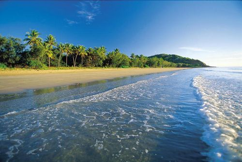 4 Mile Beach Port Douglas.jpg
