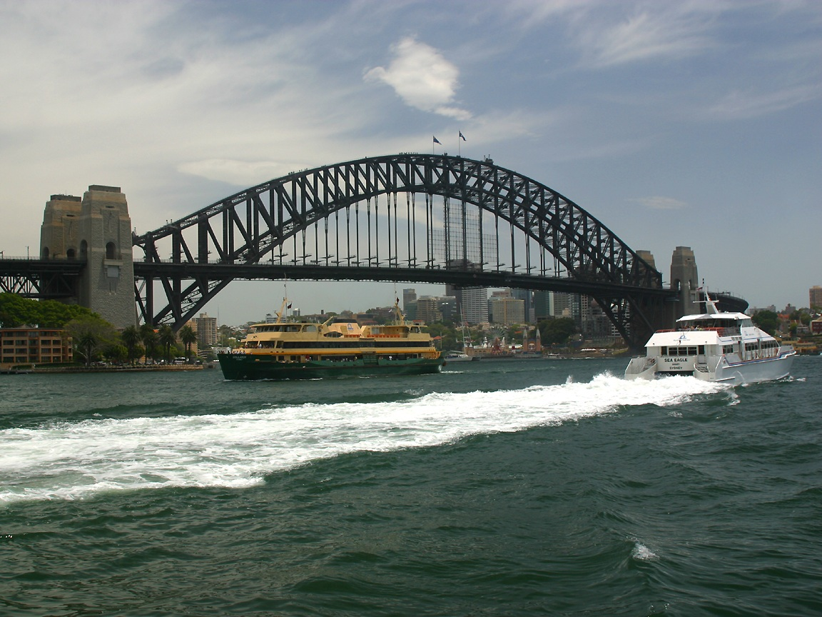Sydney Harbour Bridge.jpg
